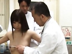 Amateur asian hoe goes to doctor
