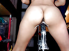 Hot girl rides dildo with creampie!