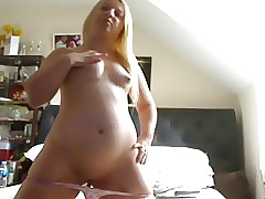 Younc Light-haired Chubby Teenage showcasing her body and Rosy Cooter