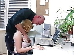 stepfather Seduce His Step-daughter To Fuck when mom out