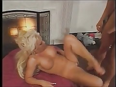 Kinky slut has her tight donk torn up