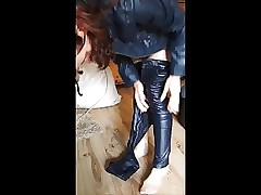 Leather, Latex, Lack, Hose, anziehen