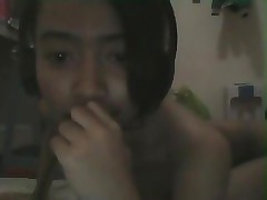 Red-hot indonesian girl isti almania camsx wth BF,skyp web cam prt1