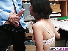 Shoplifter Penelope Reed Gets Penalized By The Officer