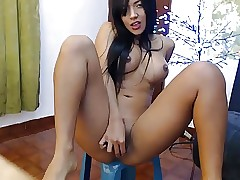 fake-breasted latin cam-slut squirts