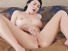 Teen kneads fur pie and groans
