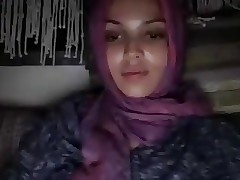 arab girl flash 1