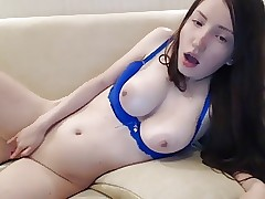 big-titted youthfull american cam-slut