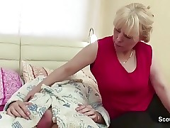 Mom Wake up Friend of Daughter with Blowjob to get Ass-fuck