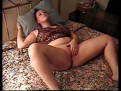 Young Teen Shannon Day frigging her pussy to orgasm