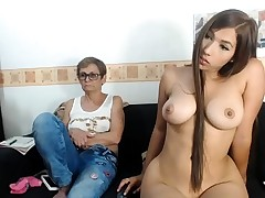 Teen lesbian udders and pussy carresed